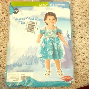 Other - Brand new unopened Halloween Frozen Elsa costume